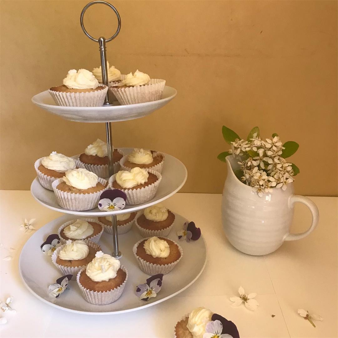 Elderflower and lemon cupcakes