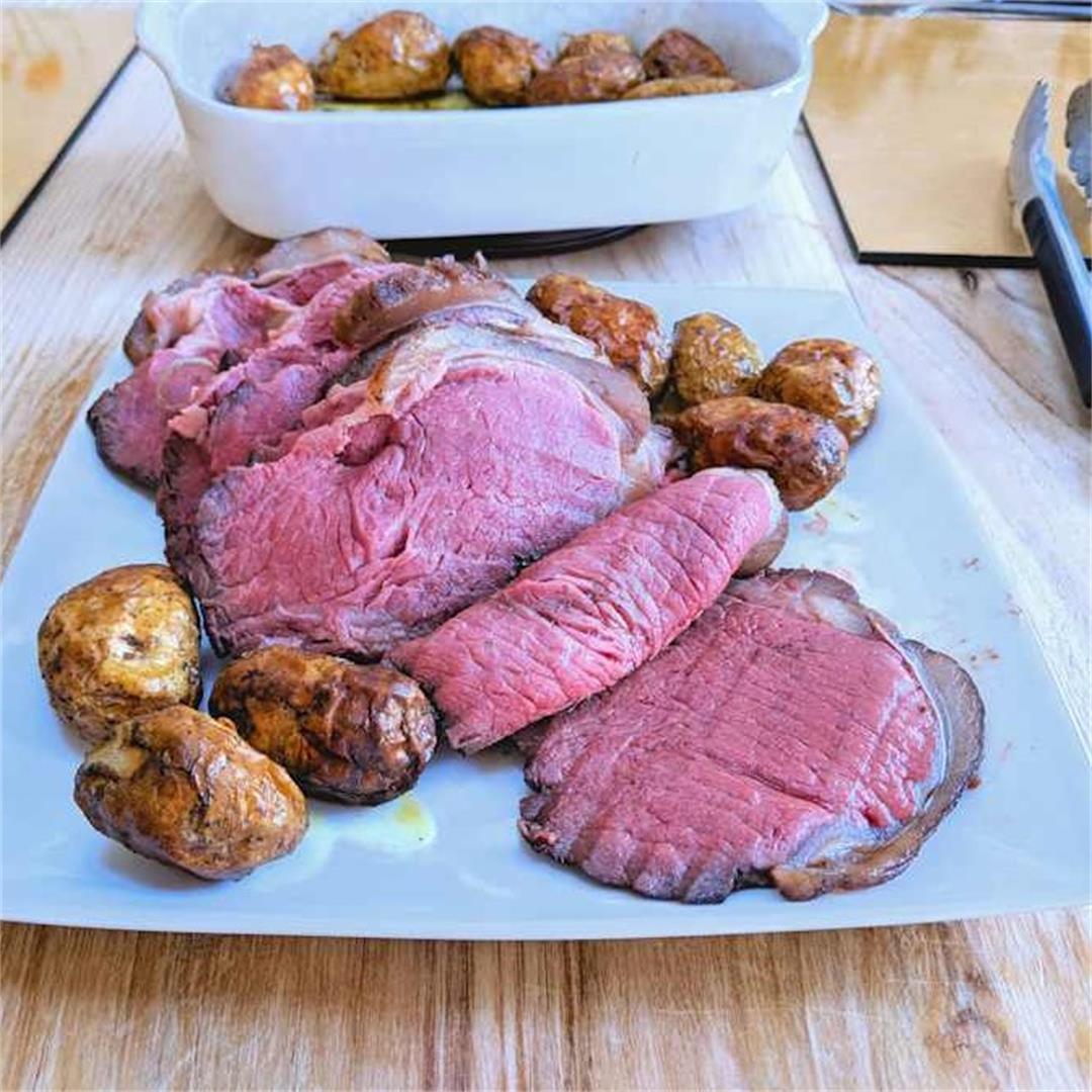 Low-temp roast sirloin of beef