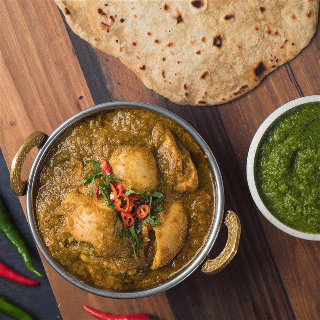 Indian Hariyali Green Chicken Curry