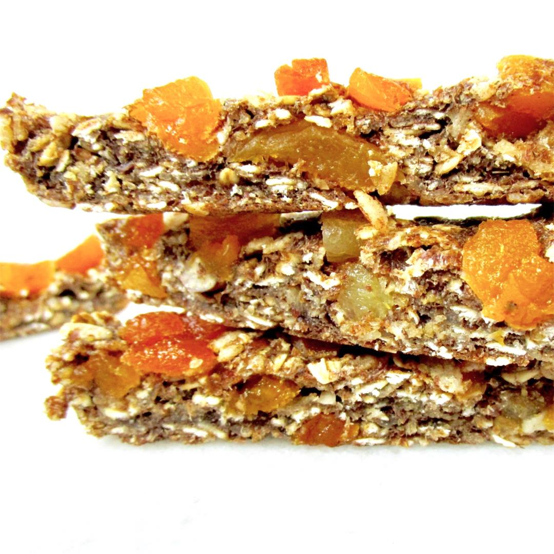 Cinnamon and Apricot Baked Granola Bars (High FIBER)