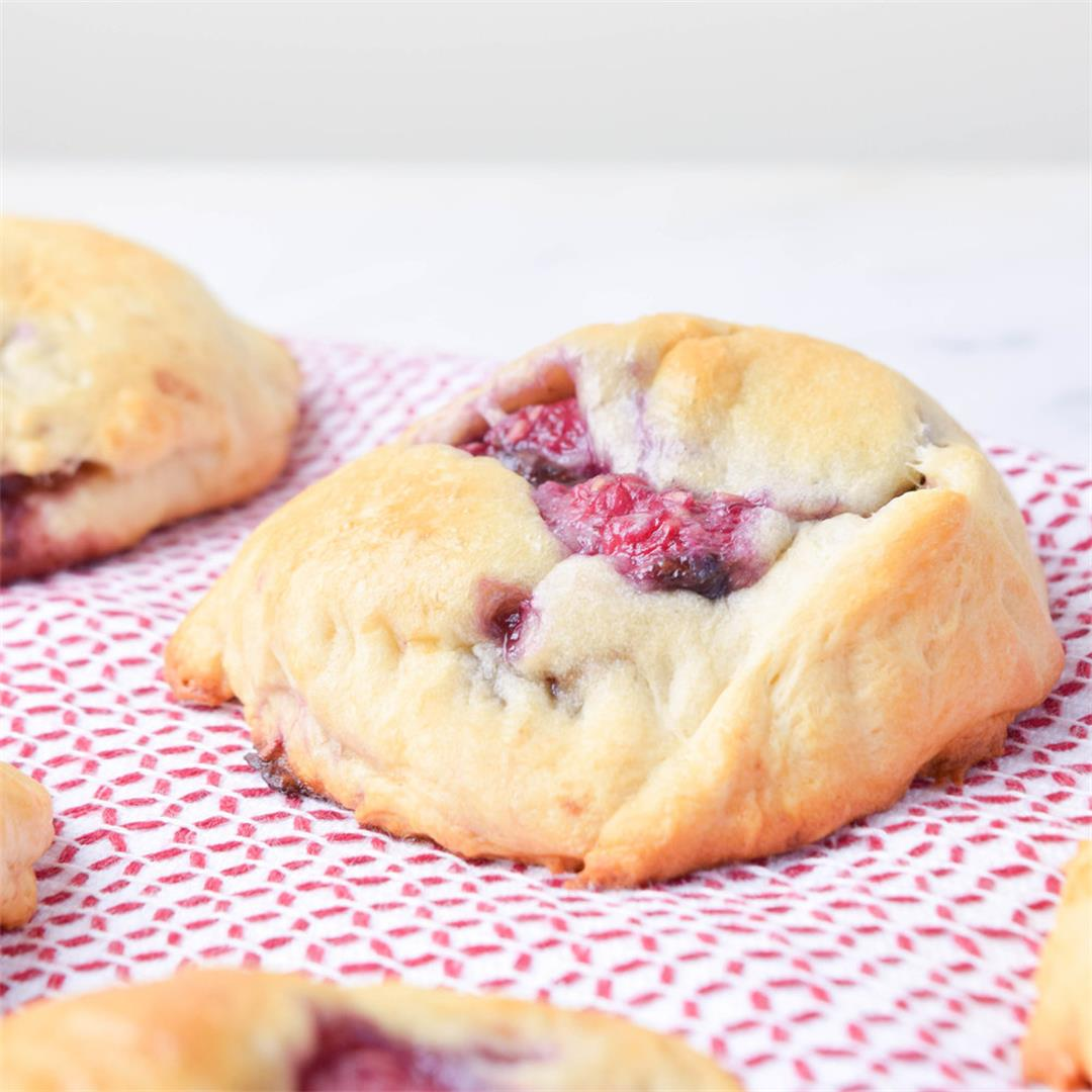 Easy Raspberry Nutella Crescent Rolls