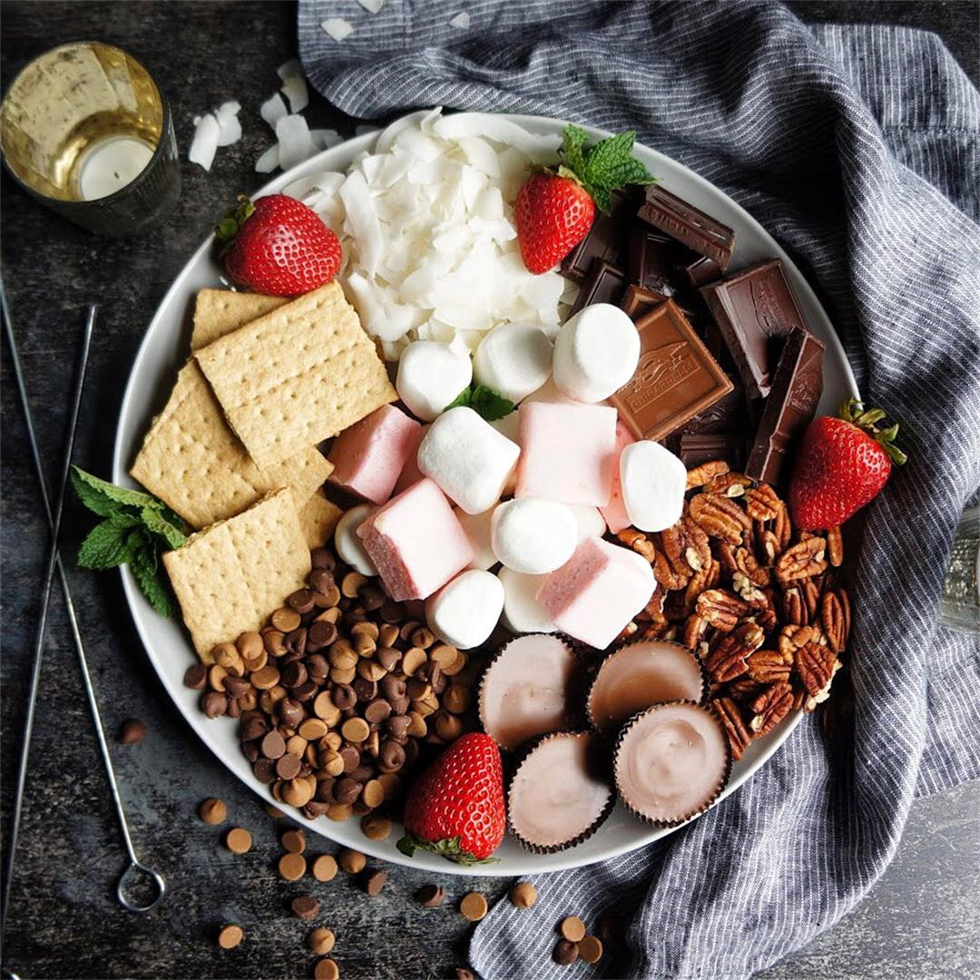 How to Host and Epic S'mores Party