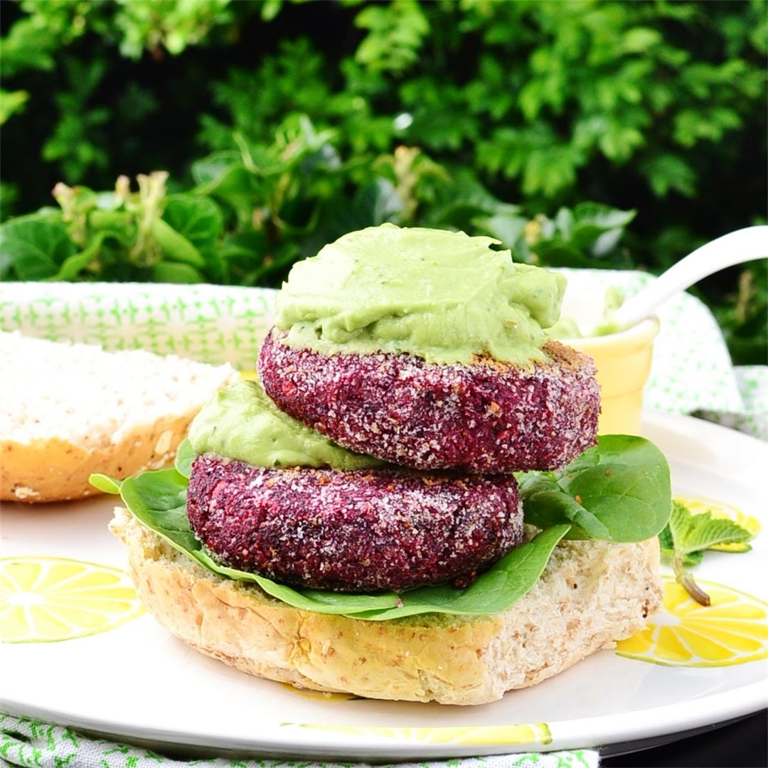 Quinoa Burgers with Beetroot