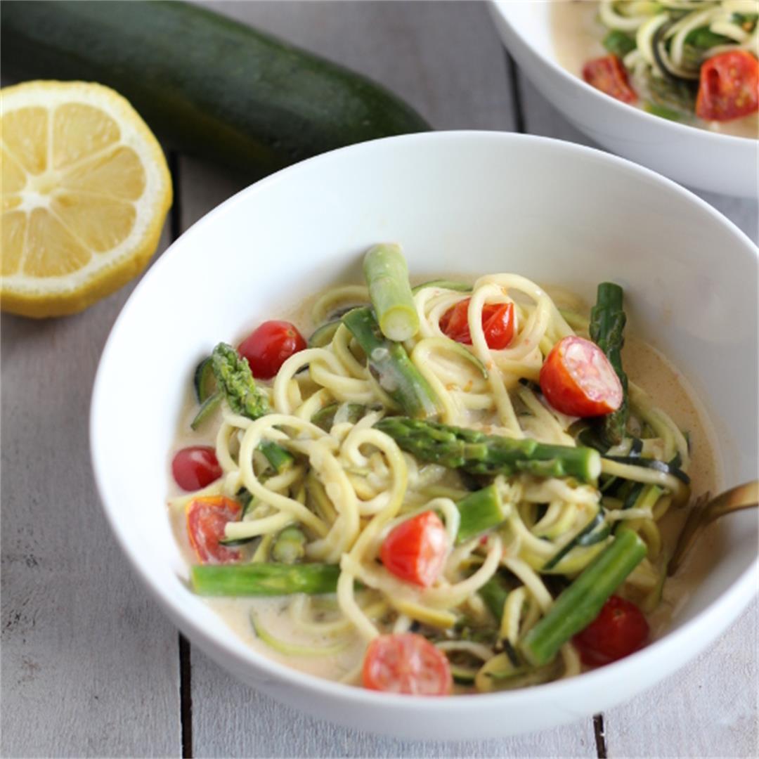 Lemon Coconut Zoodles w/Asparagus & Tomatoes