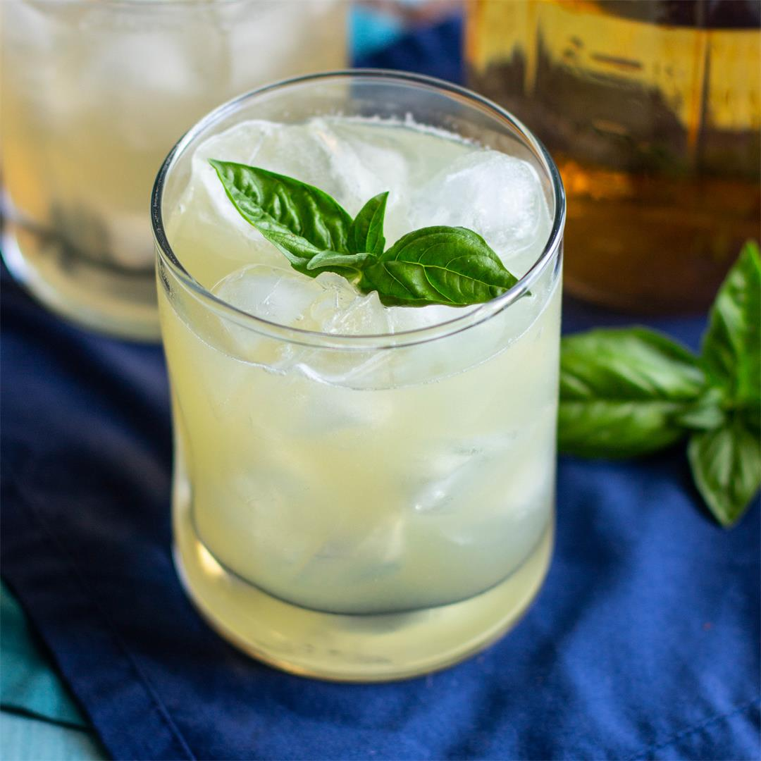 Basil Vodka Gimlet