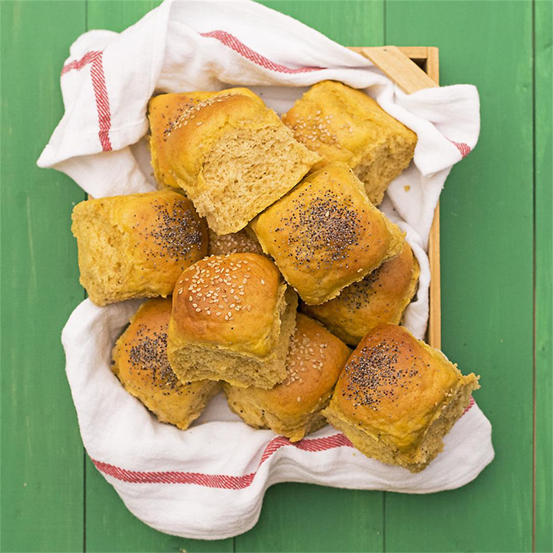 Moist, fluffy olive oil & pumpkin dinner rolls