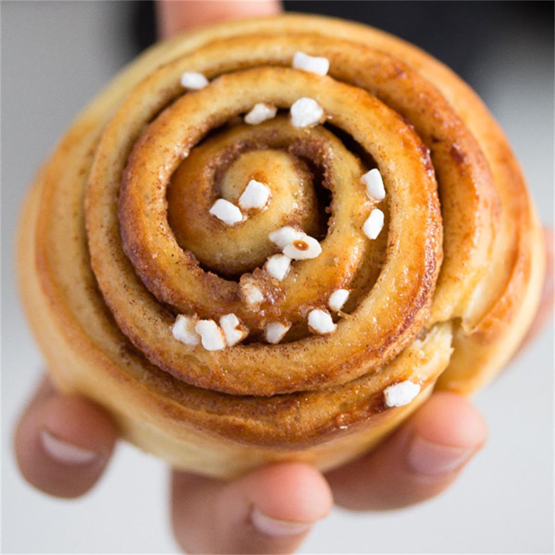 Homemade Cinnamon Roll Recipe – Kanelbullar