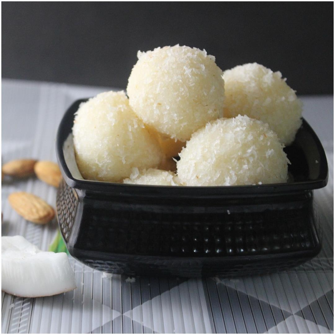 Homemade Raffaello Coconut Balls Recipe