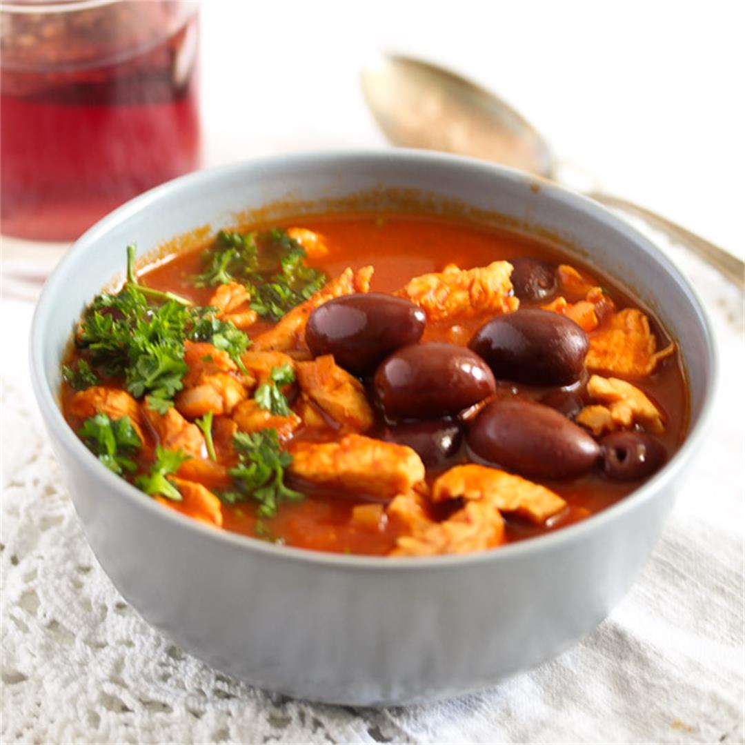 Chicken Stew with Olives and Tomatoes – Moroccan Food