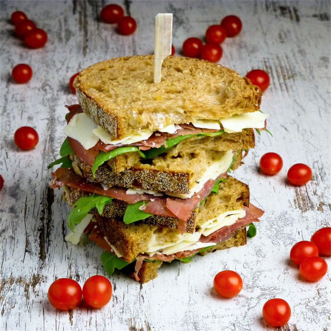 Sandwiches with bresaola, Parmesan cheese and lemon mayonnaise