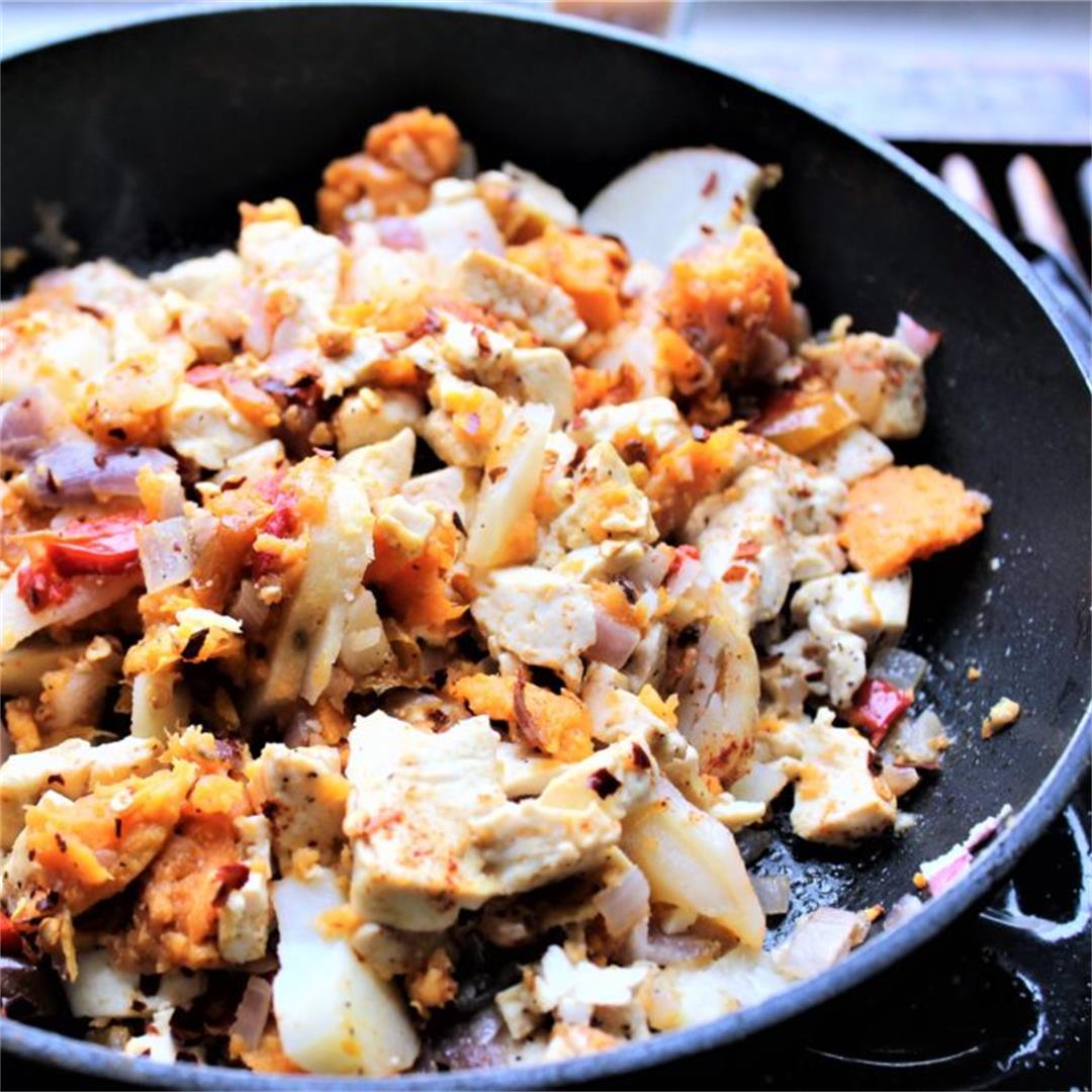 Smoky Tofu Breakfast Scramble