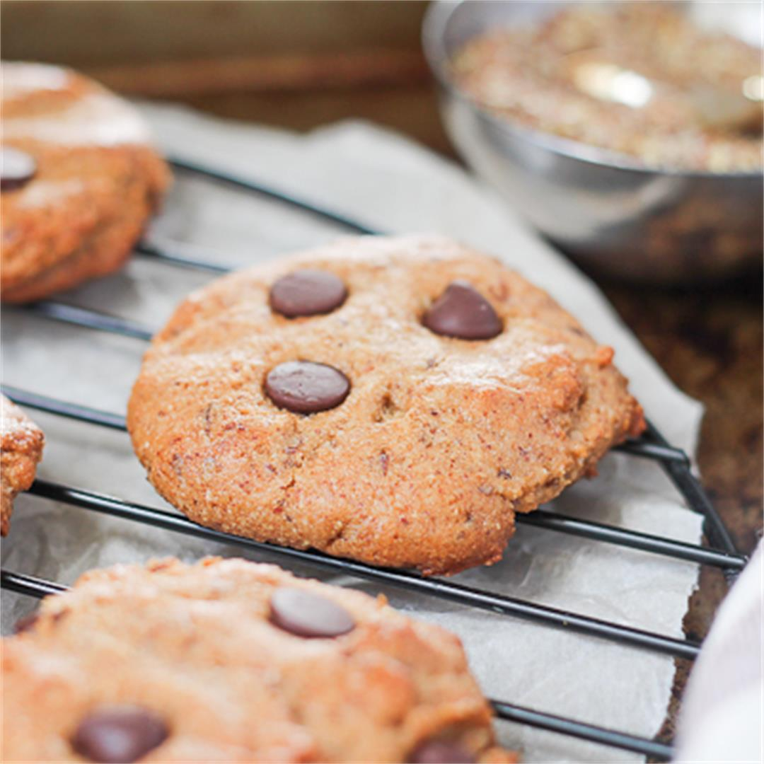 Almond Butter Flaxseed Chocolate Chip Cookies