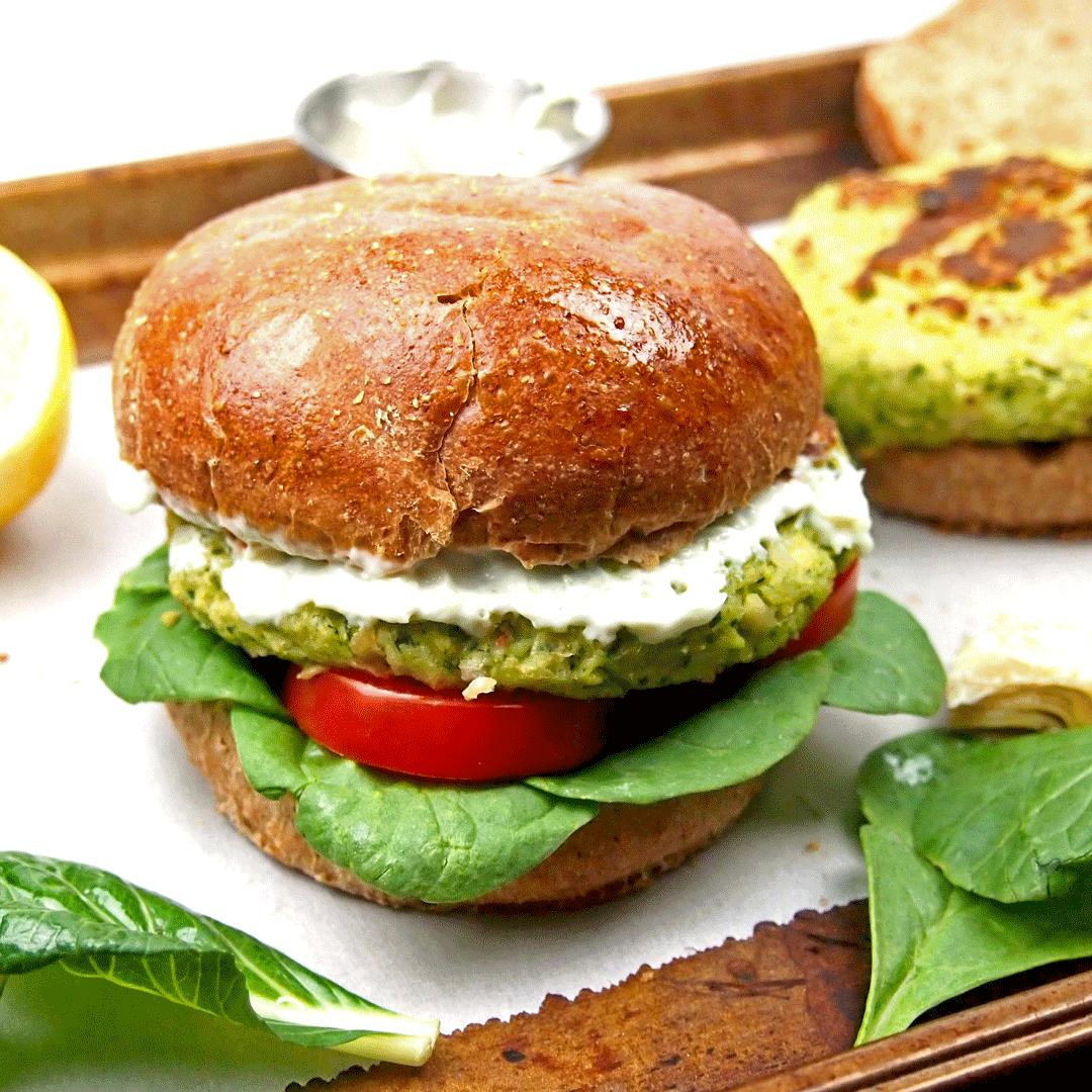 Spinach and Artichoke Bean Burger