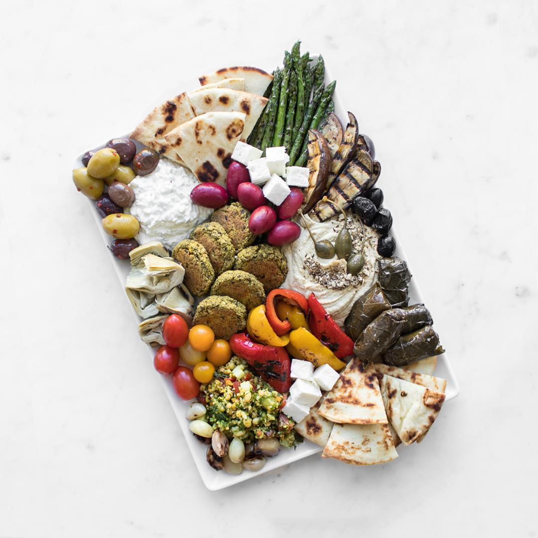 How to Craft a Mezze Board