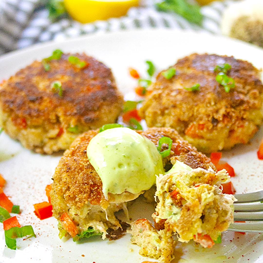 Lemon Basil Crab Cakes