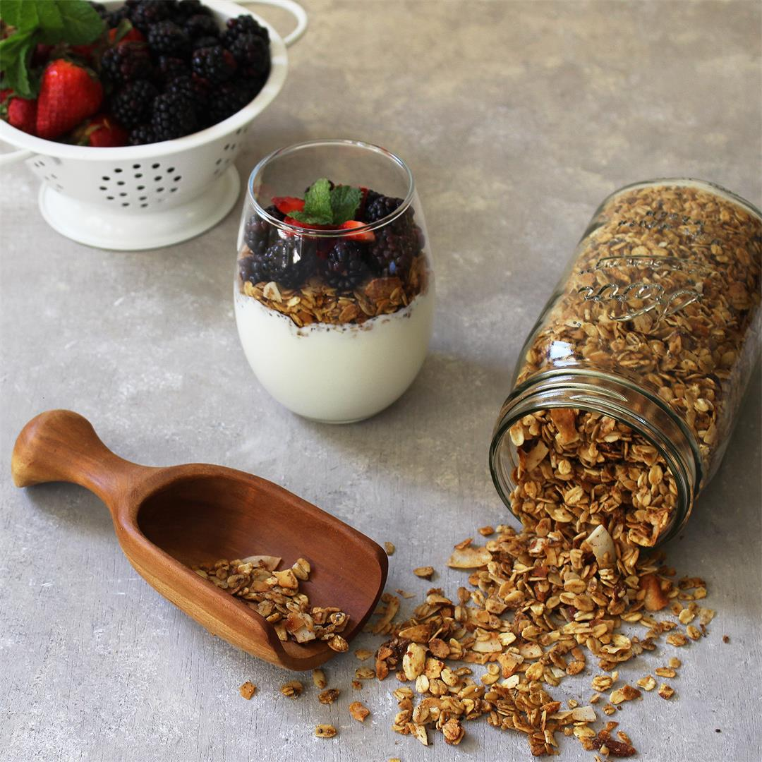 Easy Everyday Granola