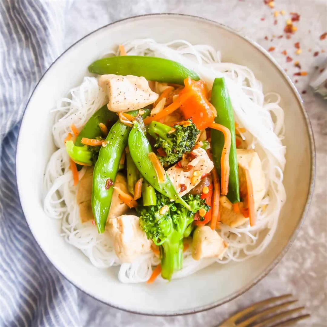 Gluten Free Chicken Stir Fry With Rice Noodles