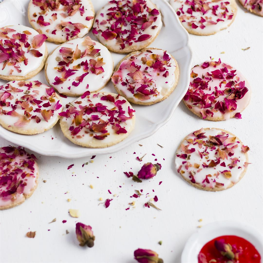 Milk Masala Shortbread Cookies With Rose Glaze