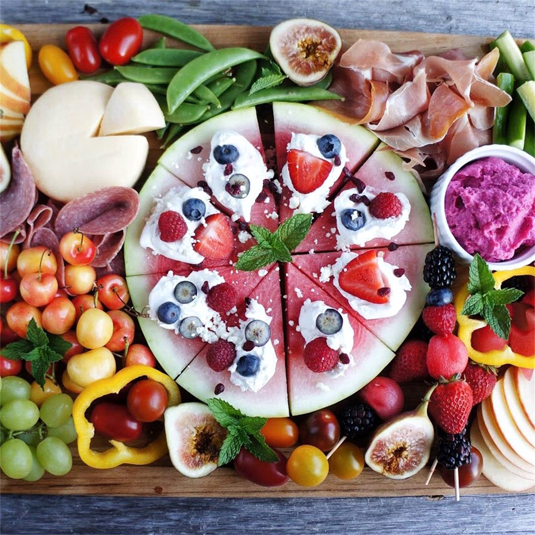 How to Build a Beautiful Fruit Charcuterie