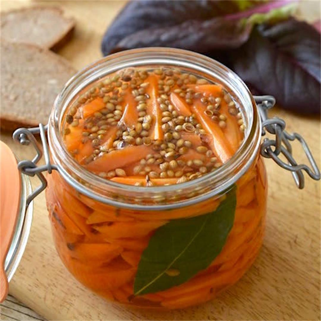 Easy Carrot Pickles