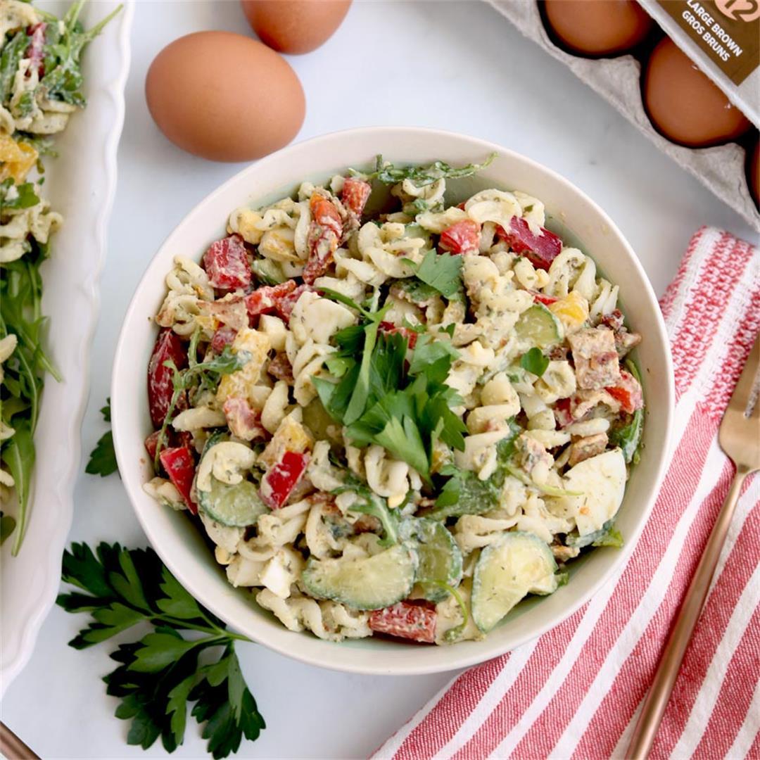 Gluten-Free BLT Pasta Salad With Avocado Ranch Dressing