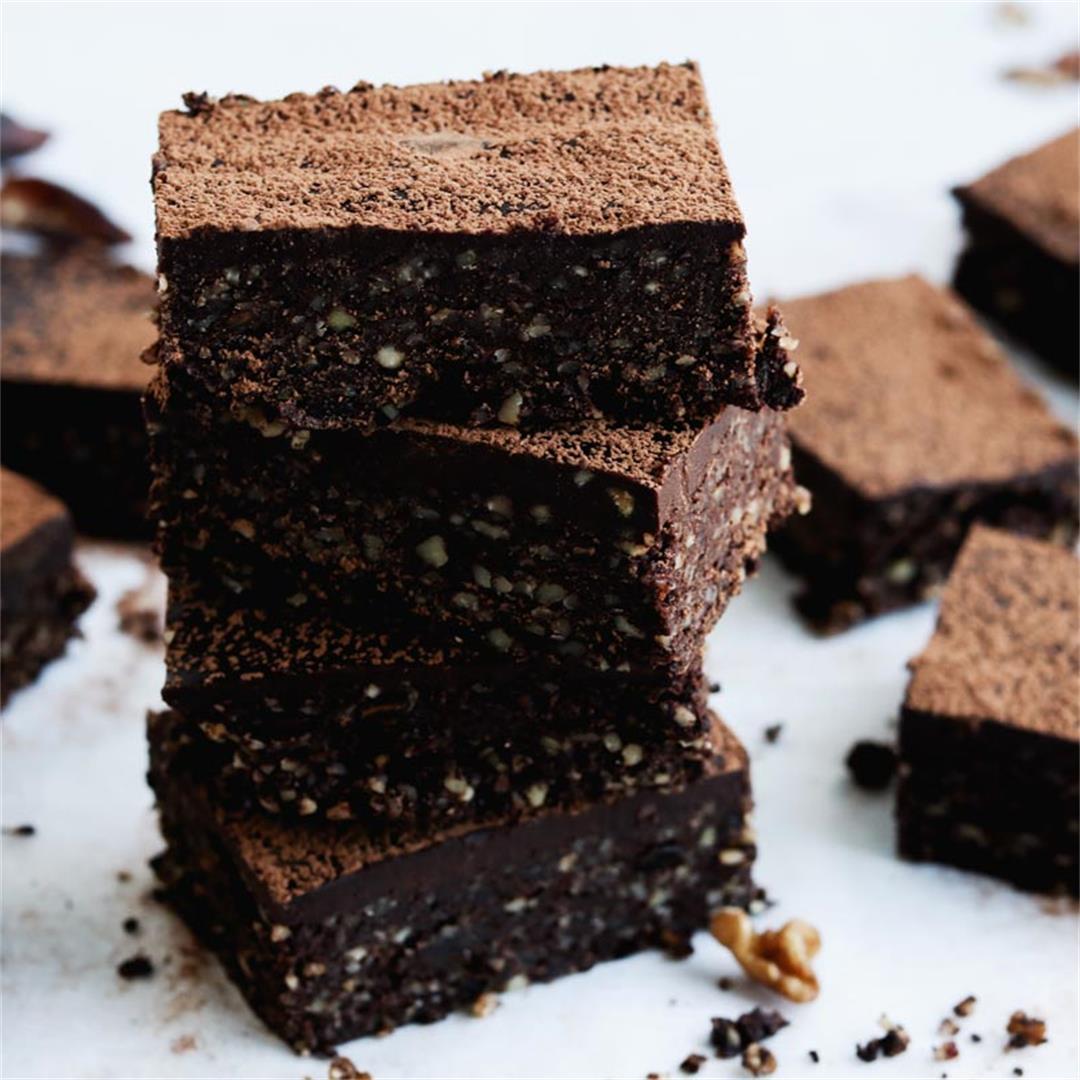 Raw Maca Brownies With Chocolate Ganache