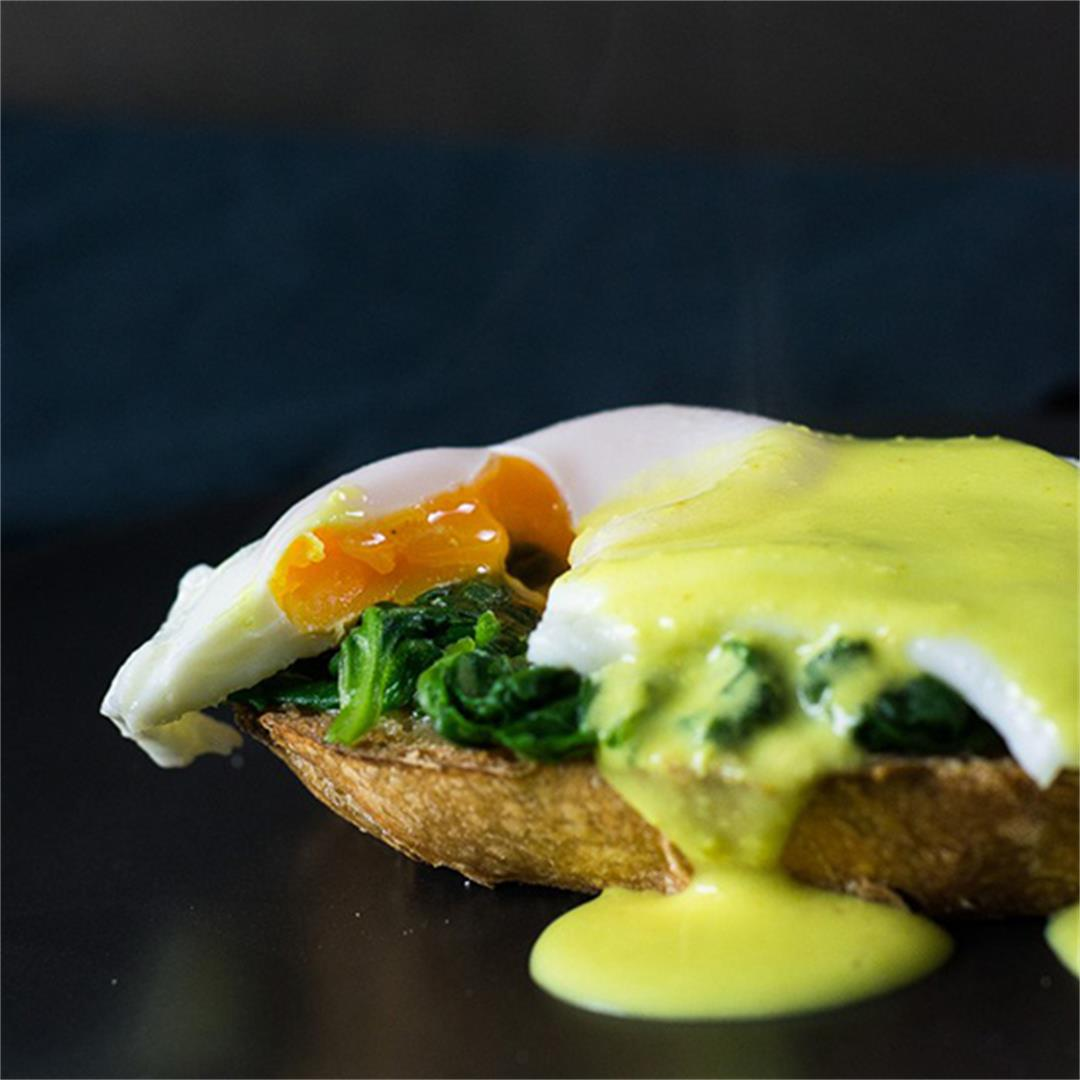 Eggs Florentine with Artisan Bread and Fake Hollandaise Sauce