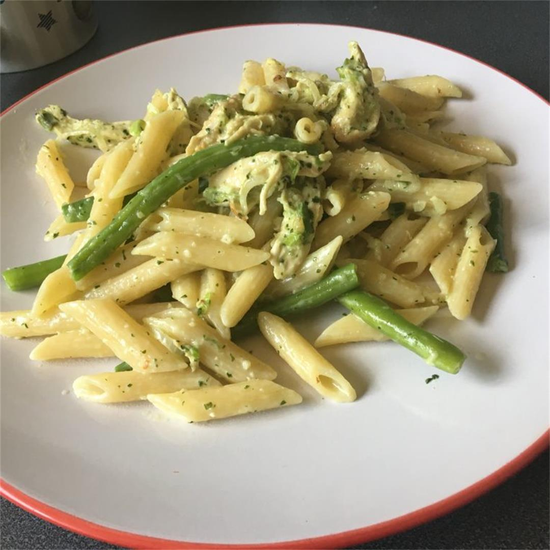 Creamy Chicken and Green Bean Pasta. Tasty and simple to cook