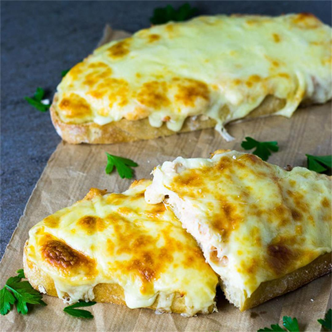 Salmon Melt: a great alternative to the classic Tuna Melt