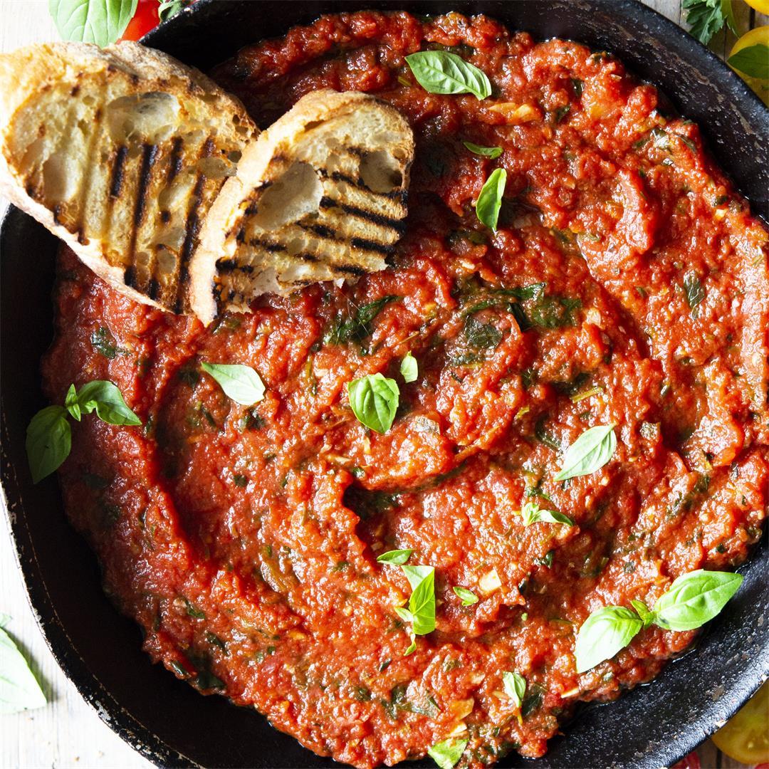Authentic Italian Tomato Sauce