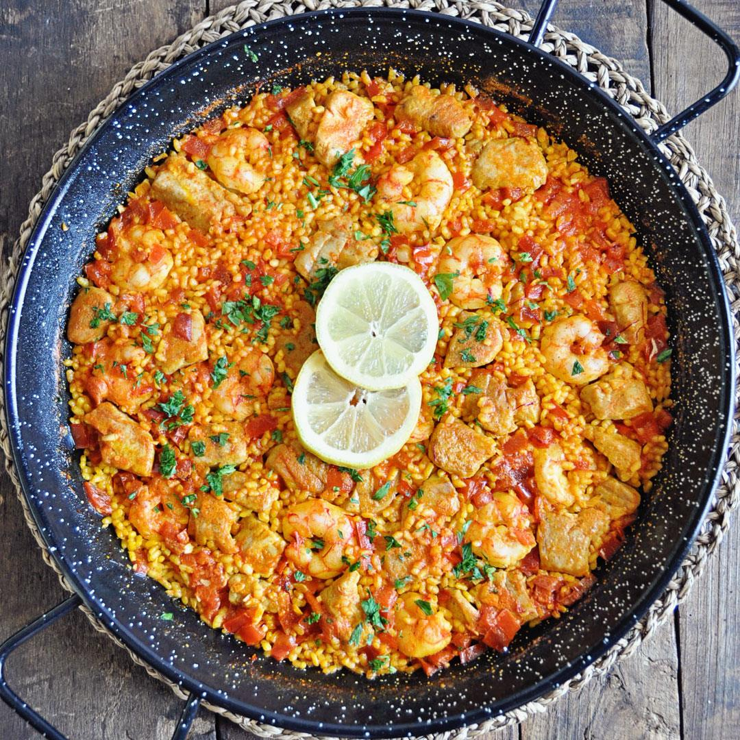 How to Make an Authentic Spanish Paella with Tuna & Shrimp