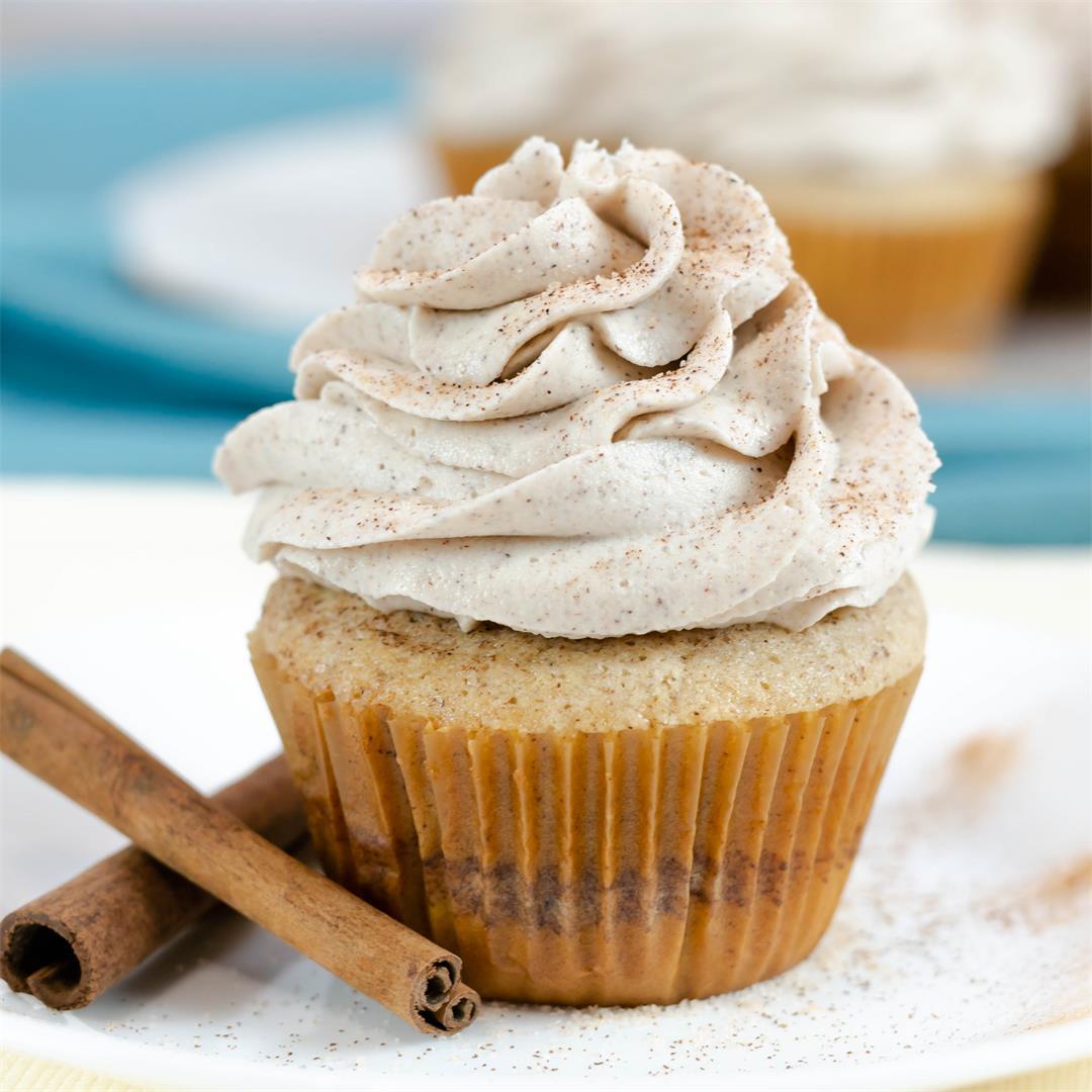 Vanilla Cinnamon Sugar Swirl Cupcakes