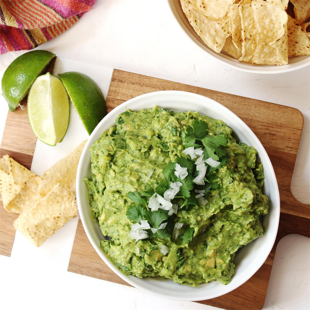 Perfectly Classic Guacamole
