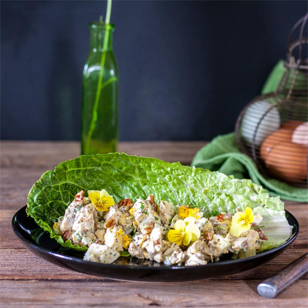 Grilled chicken salad with eggs and pecans