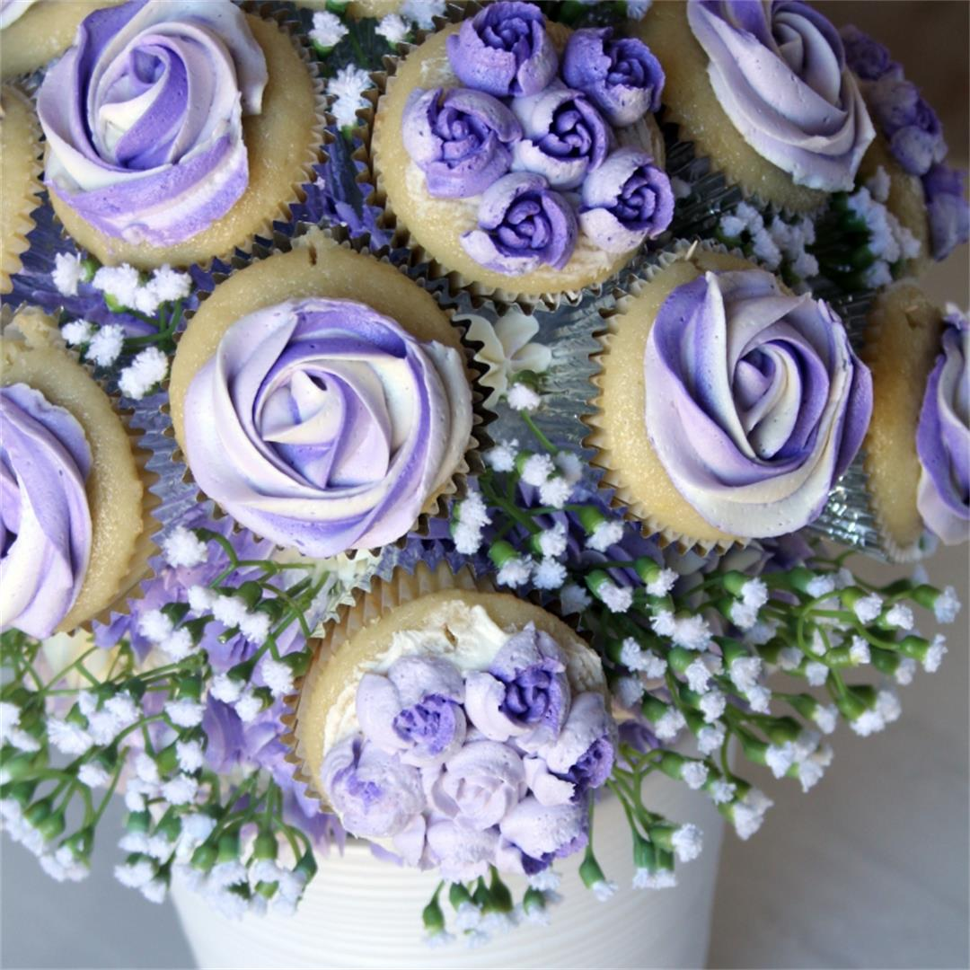 Easy Cupcake Bouquet Tutorial with Video