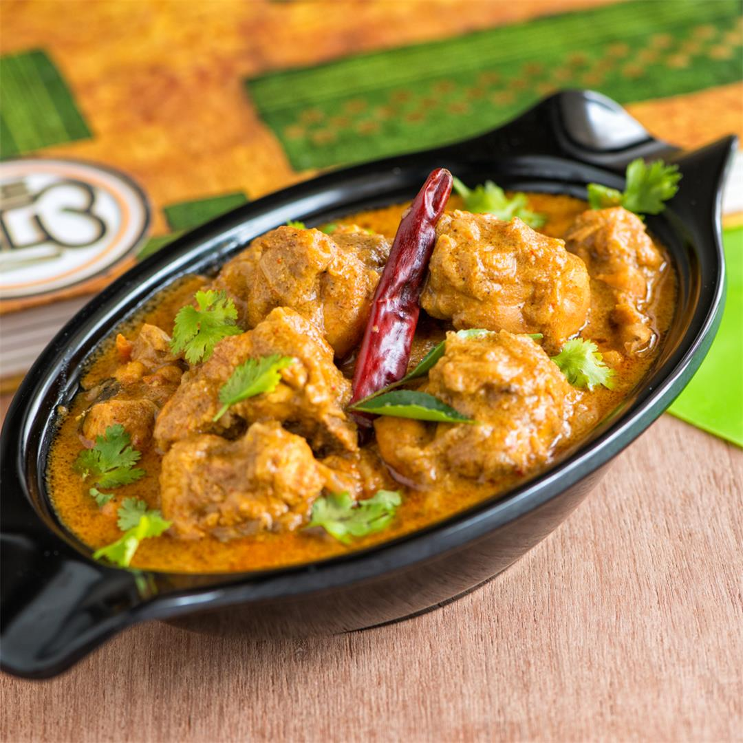 Chettinad Chicken Curry/ Chicken curry with roasted spices