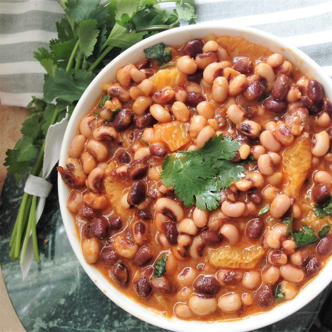 Black-Eyed Peas with Oranges and Chipotle