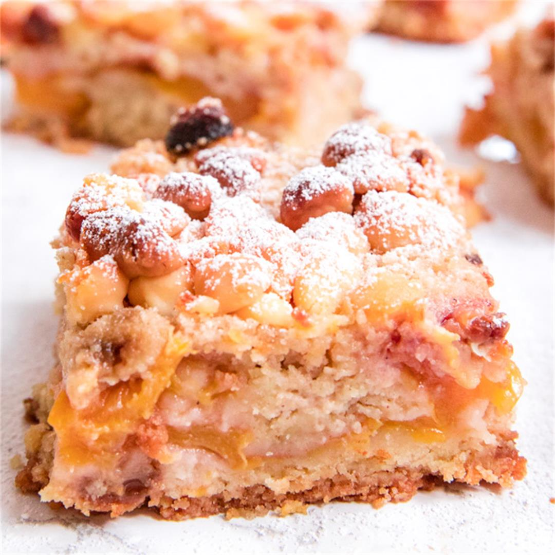 These buttery peach white chocolate bars are picnic perfect!