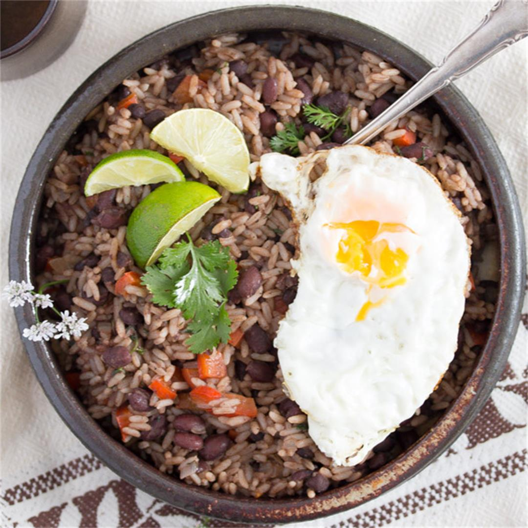 Gallo Pinto – Black Beans and Rice Recipe – Costa Rican Food