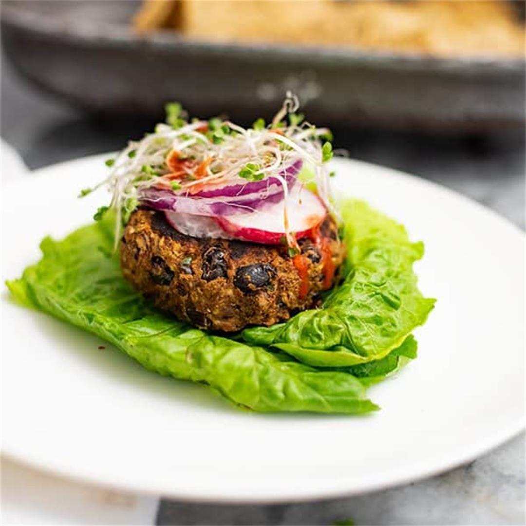 5 Ingredient Vegan Black Bean Burger