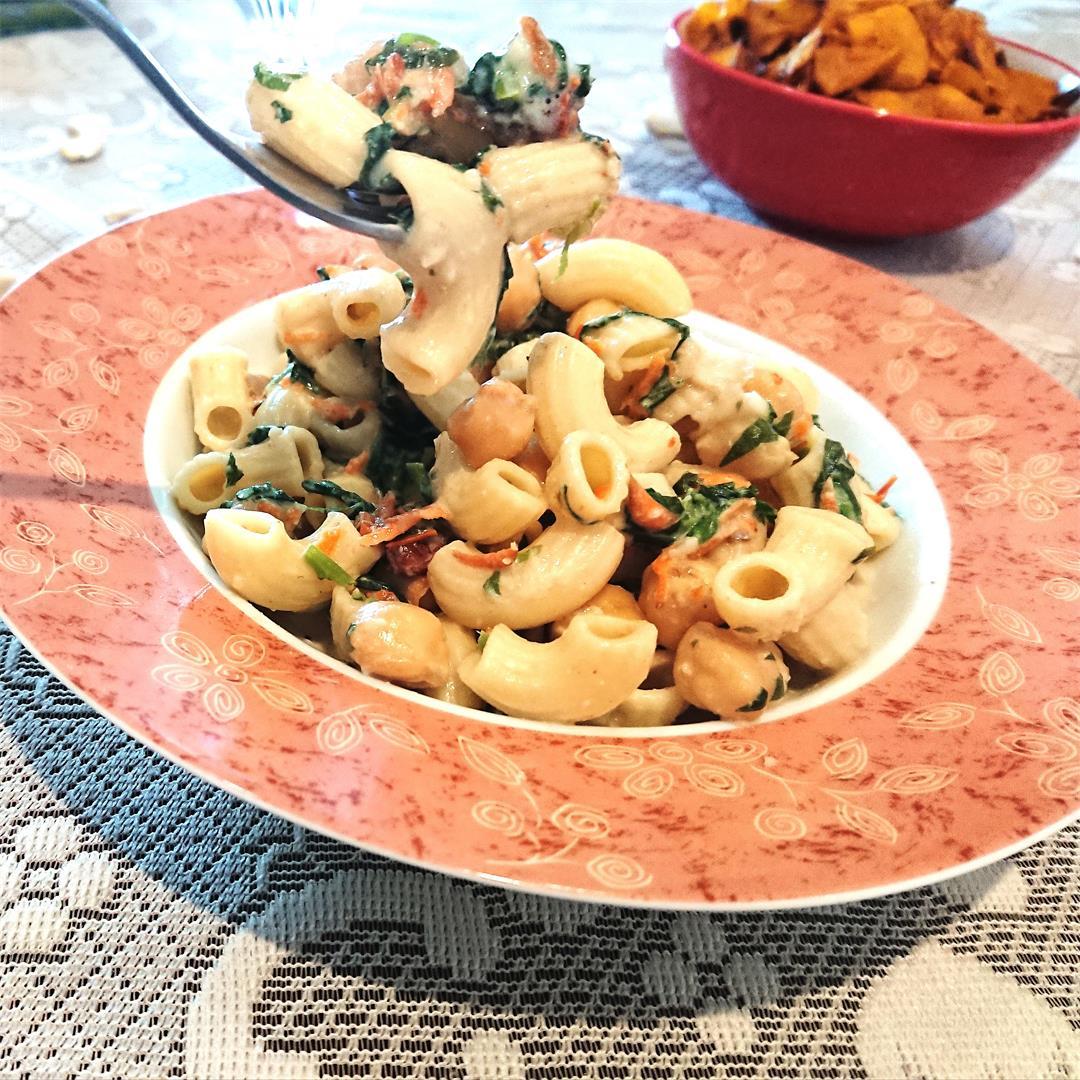 Creamy vegan chickpea pasta