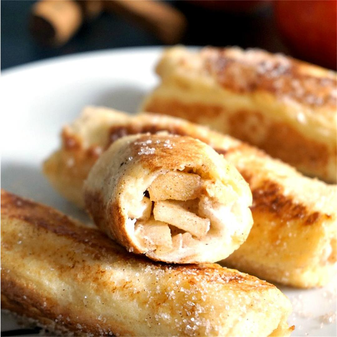 Apple Pie French Toast Roll-Ups