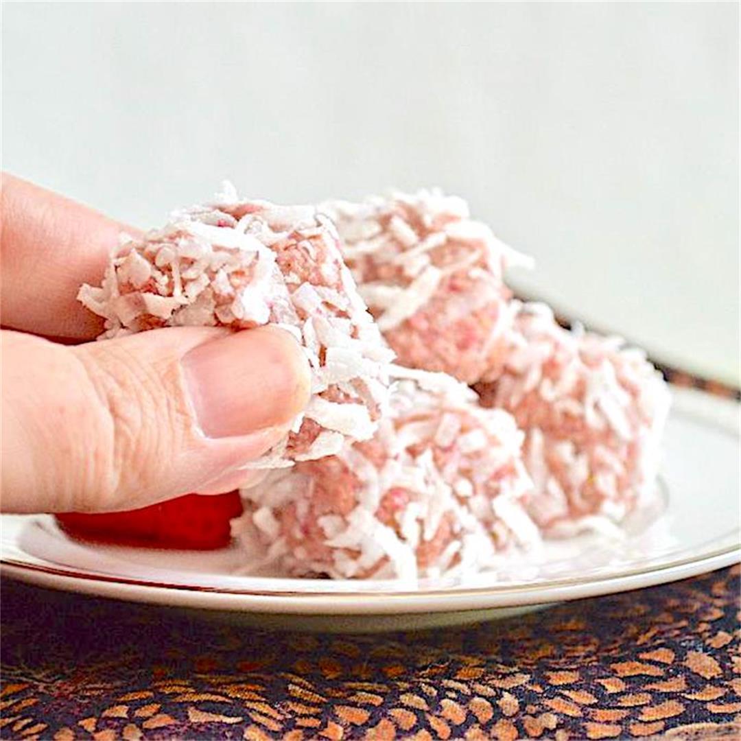 Strawberry Bliss Energy Bites