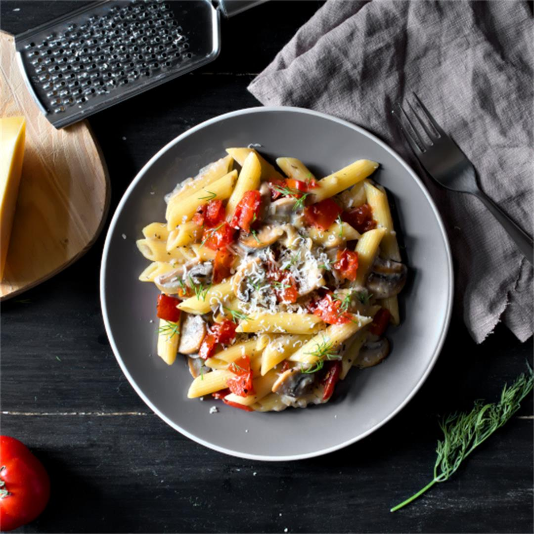 Creamy Mushroom Pasta with Tomatoes – Tasty Dinner Ideas