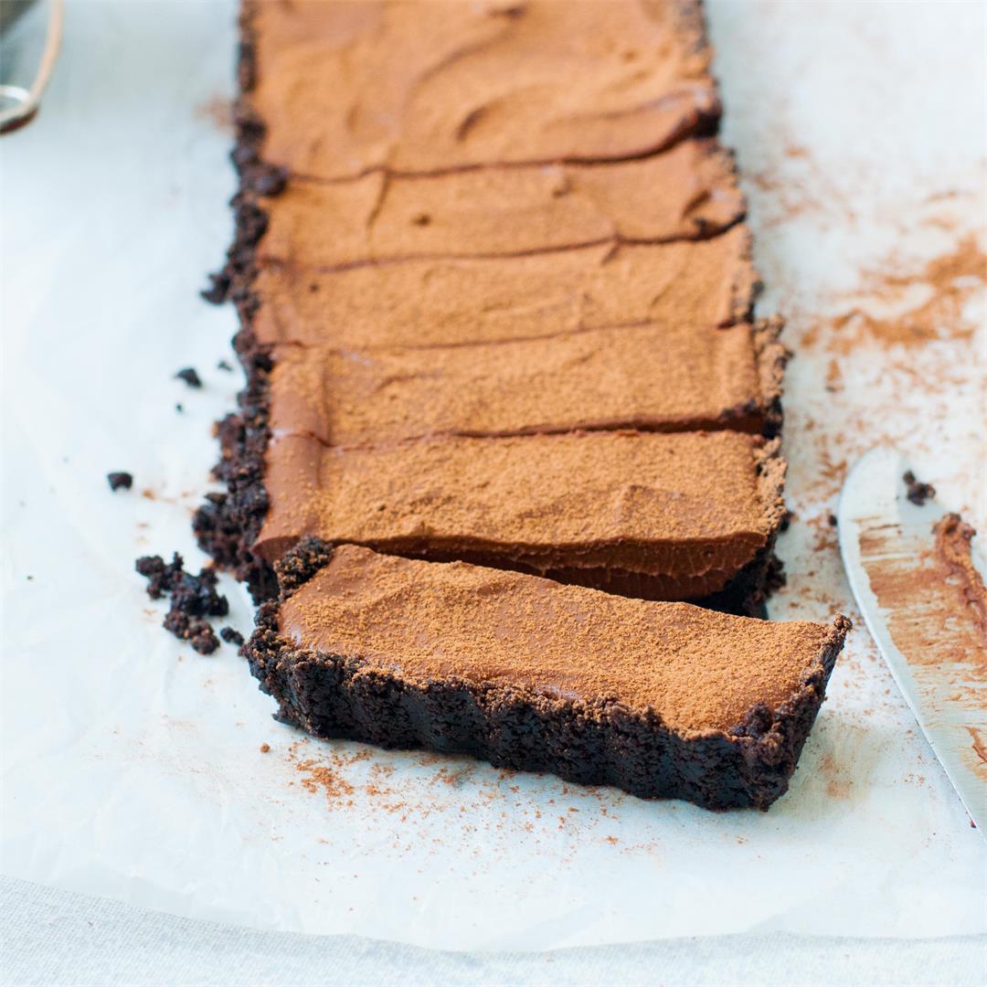 No Bake Oreo Chocolate Tart