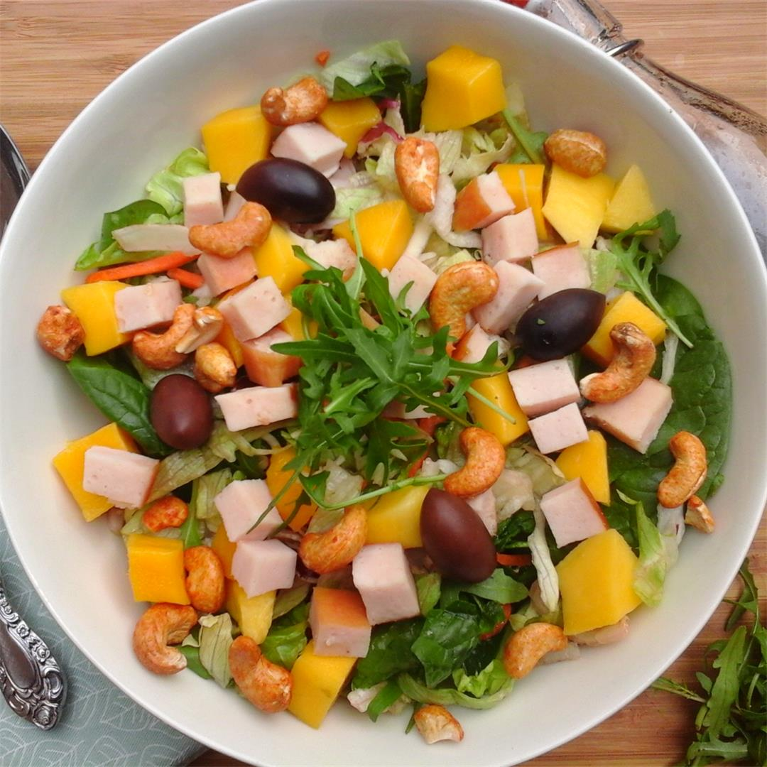 A delicious Spring & Summer colorful Salad.