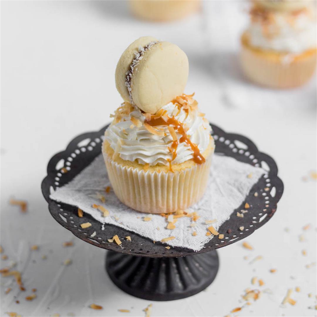 alfajor-wannabe-coconut-cupcakes