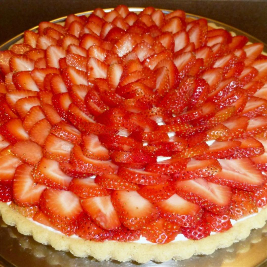 5 Ingredient Strawberry Fruit Tart