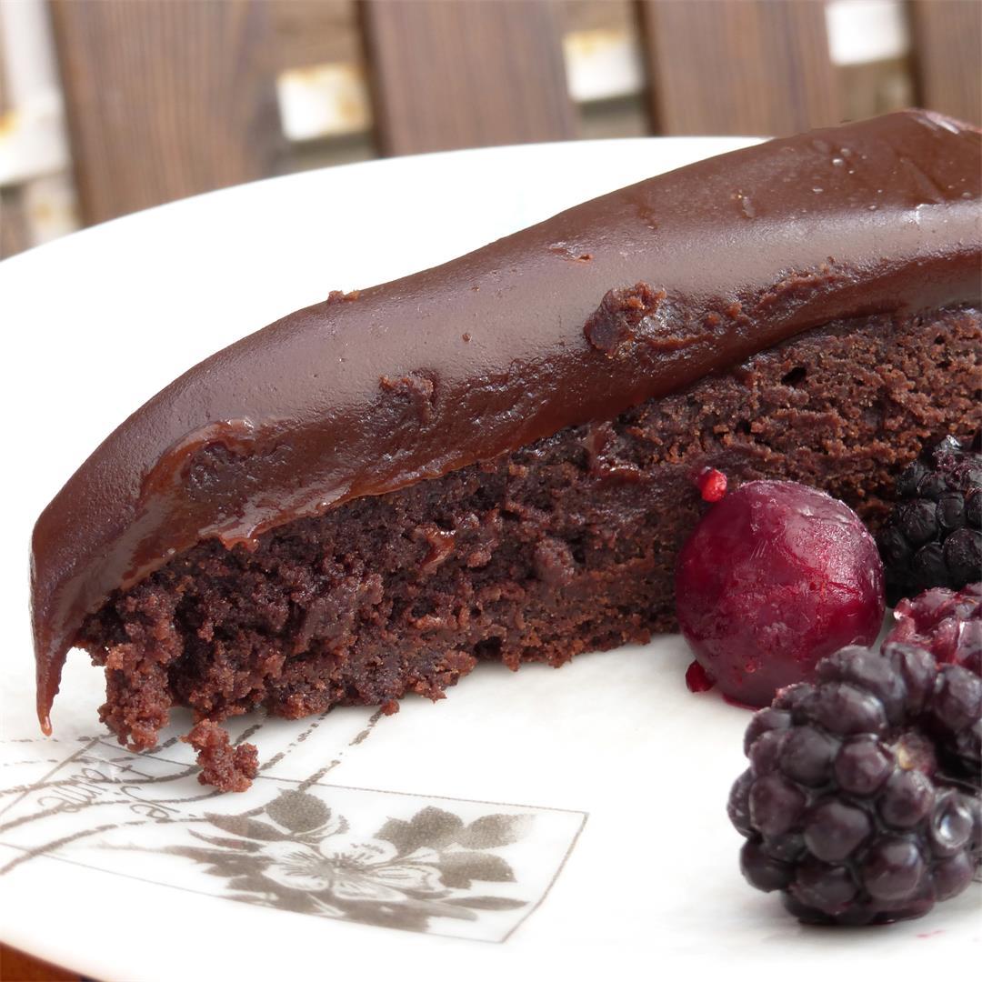 Fudge Topped Swedish Kladdkaka (sticky cake)