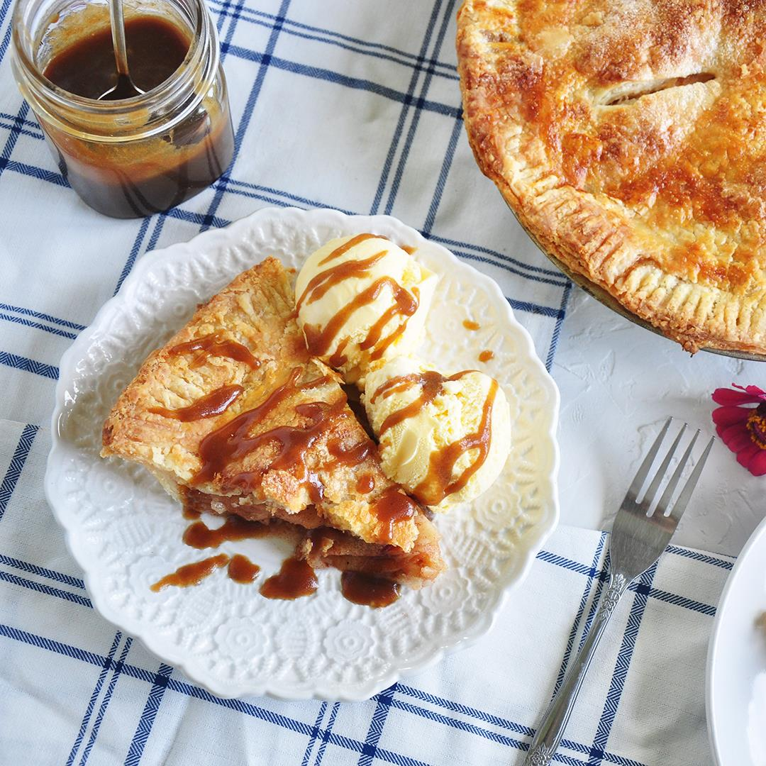All American Apple Pie Recipe With Caramel Sauce